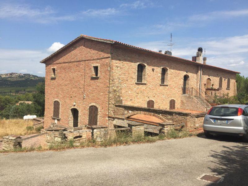 Rustico / Casale in affitto a Perugia, 4 locali, prezzo € 650 | Cambio Casa.it