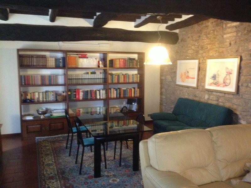 Rustico / Casale in affitto a Corciano, 3 locali, prezzo € 1.800 | Cambio Casa.it