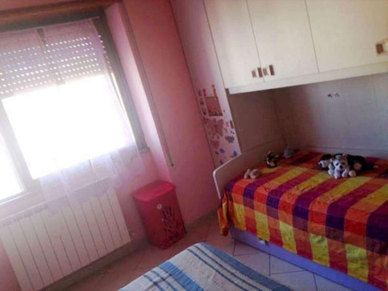 Bilocale Prato Via Alberto Casella 10