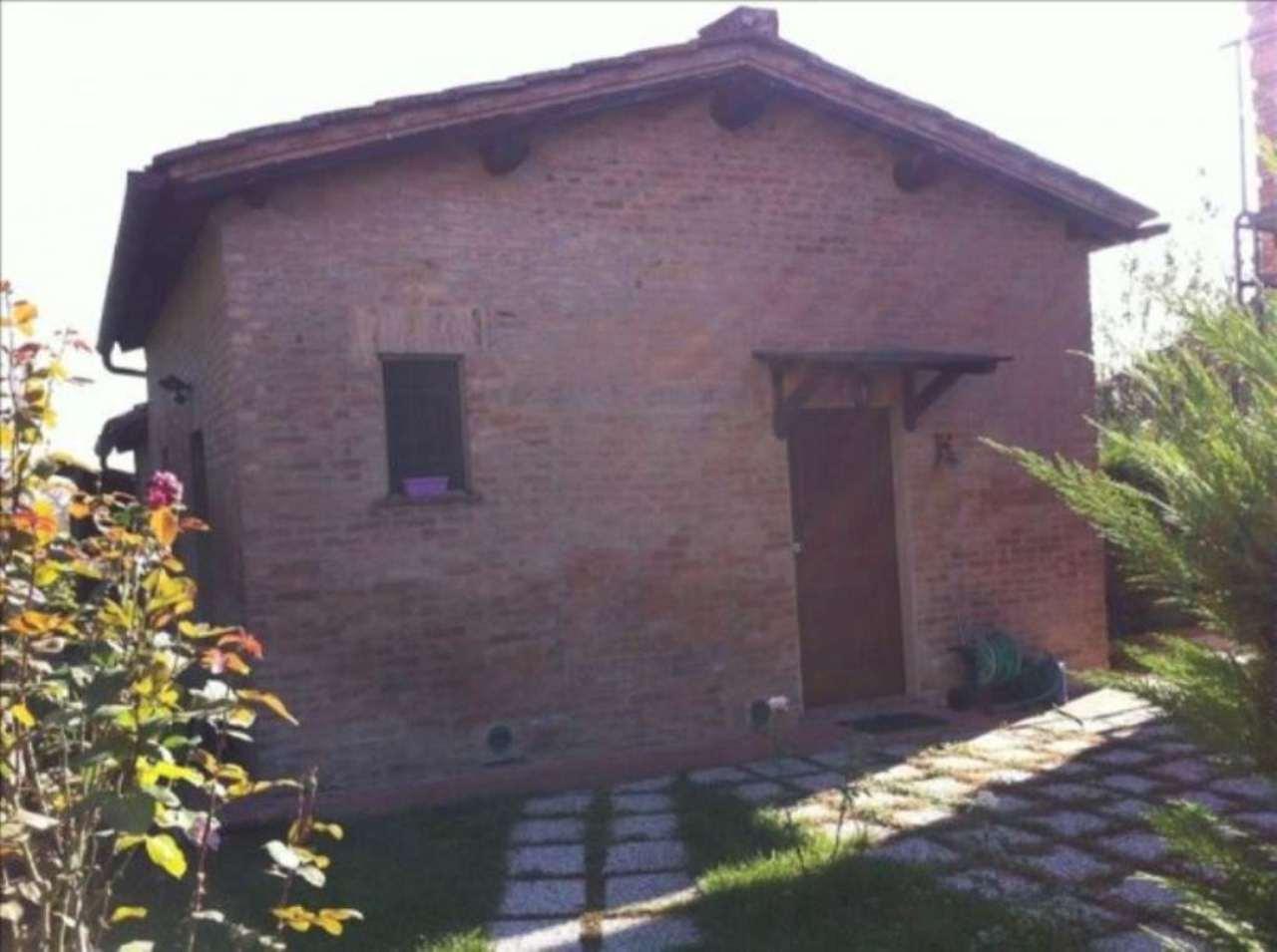 Rustico-casale Altro in Vendita a Siena