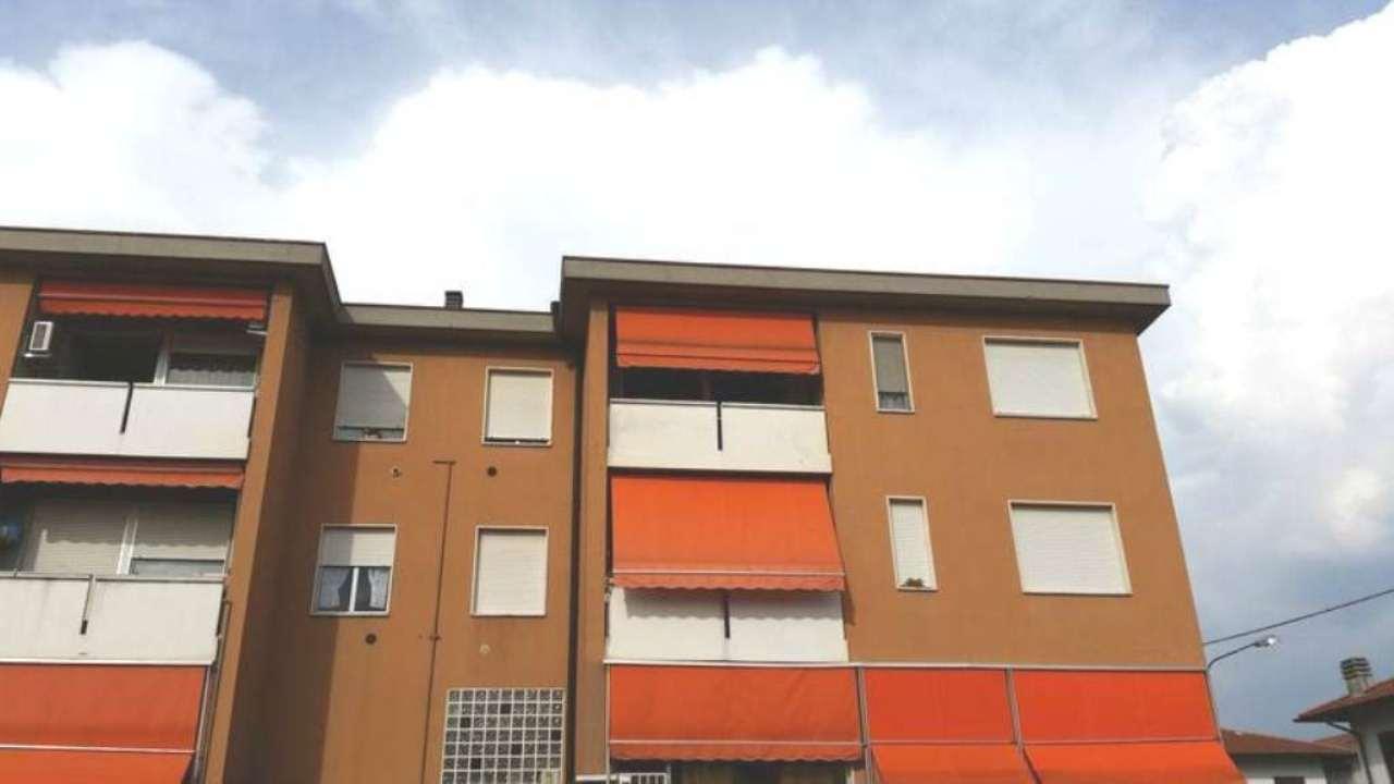 Appartamento in vendita a Cassano Magnago, 3 locali, prezzo € 109.000 | Cambio Casa.it