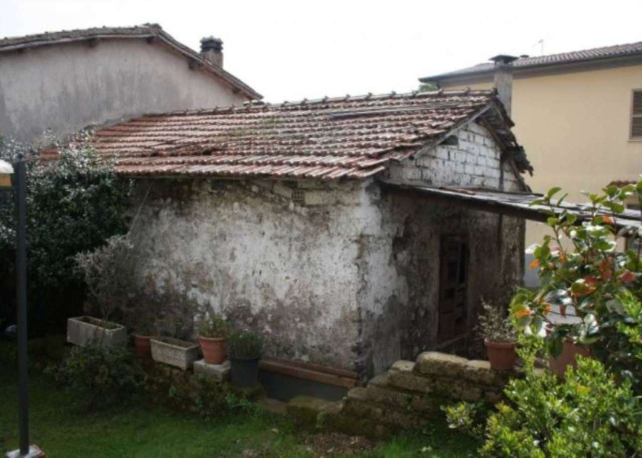 Magazzino in vendita a Lariano, 2 locali, prezzo € 19.000 | Cambio Casa.it