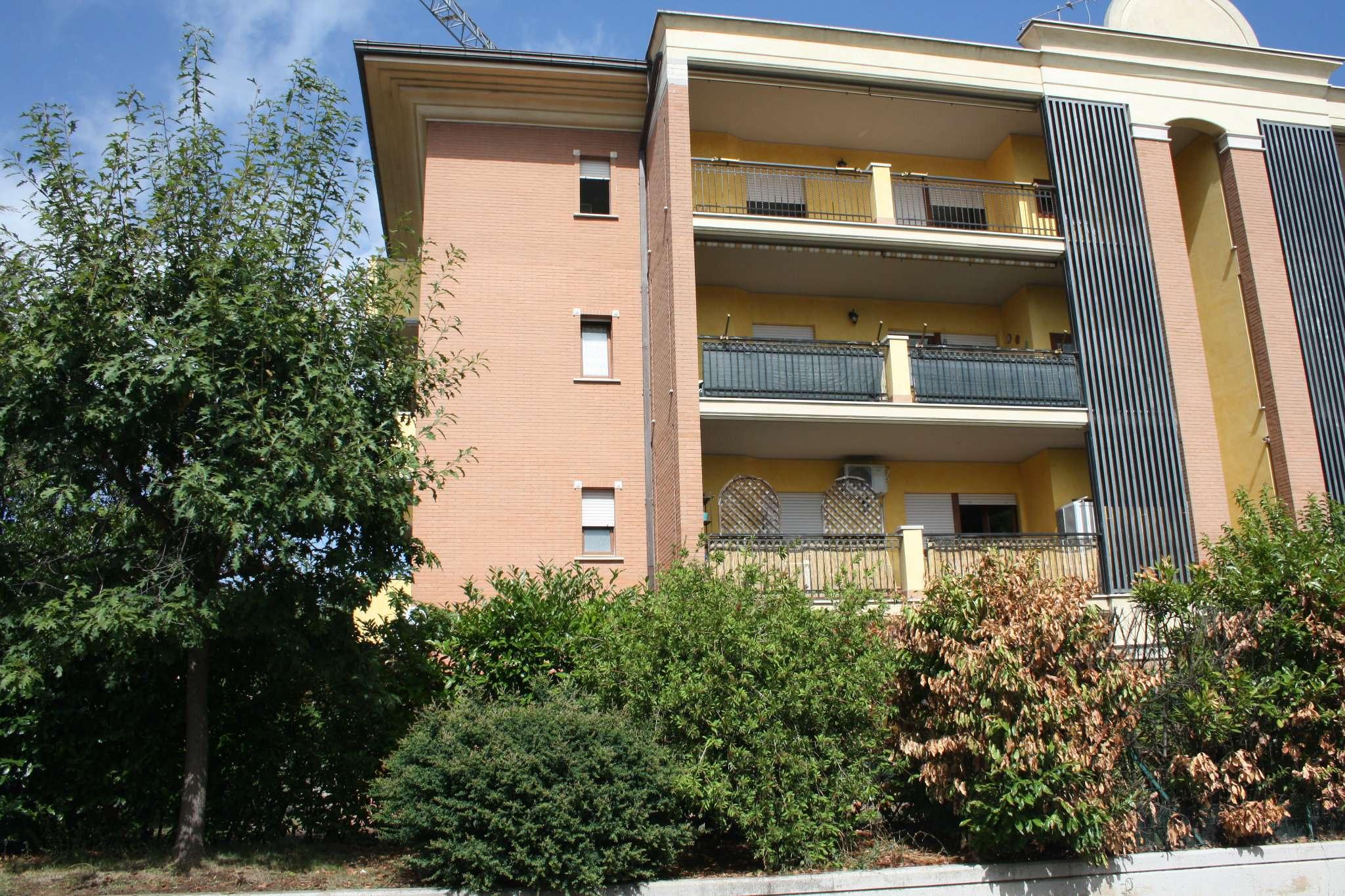 Appartamento in affitto a Lariano, 3 locali, prezzo € 500   CambioCasa.it