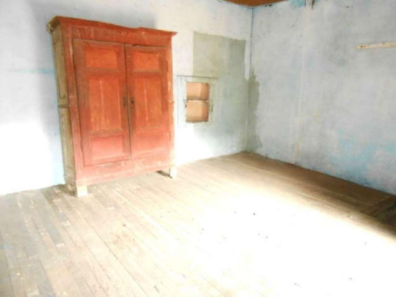 Rustico / Casale in vendita a Bagnolo Piemonte, 4 locali, prezzo € 9.500 | Cambio Casa.it