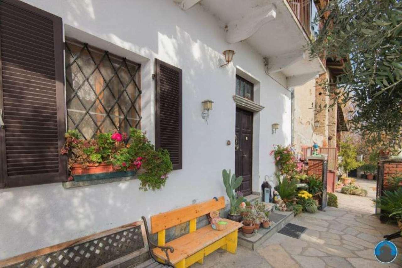 Rustico / Casale in vendita a Barge, 6 locali, prezzo € 200.000 | Cambio Casa.it