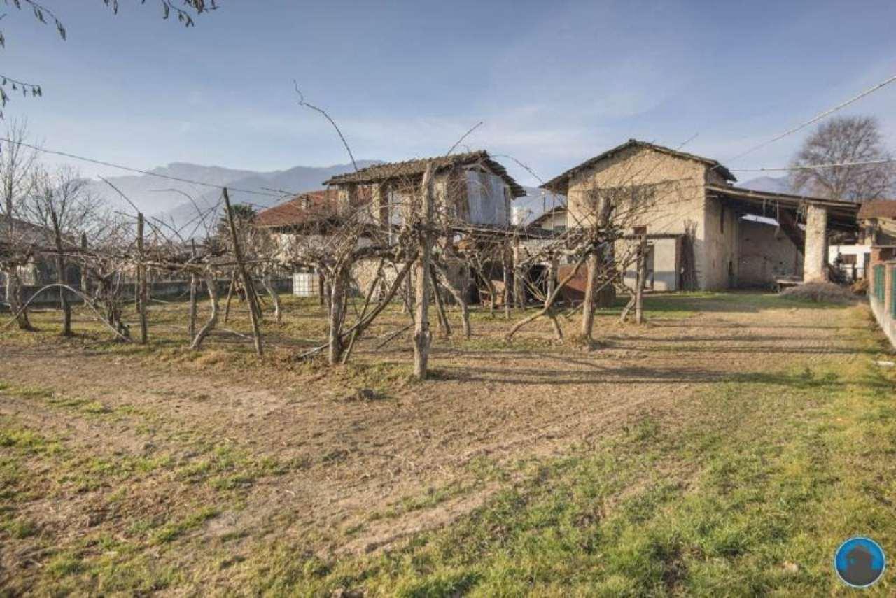 Rustico / Casale in vendita a Barge, 6 locali, prezzo € 34.000 | Cambio Casa.it