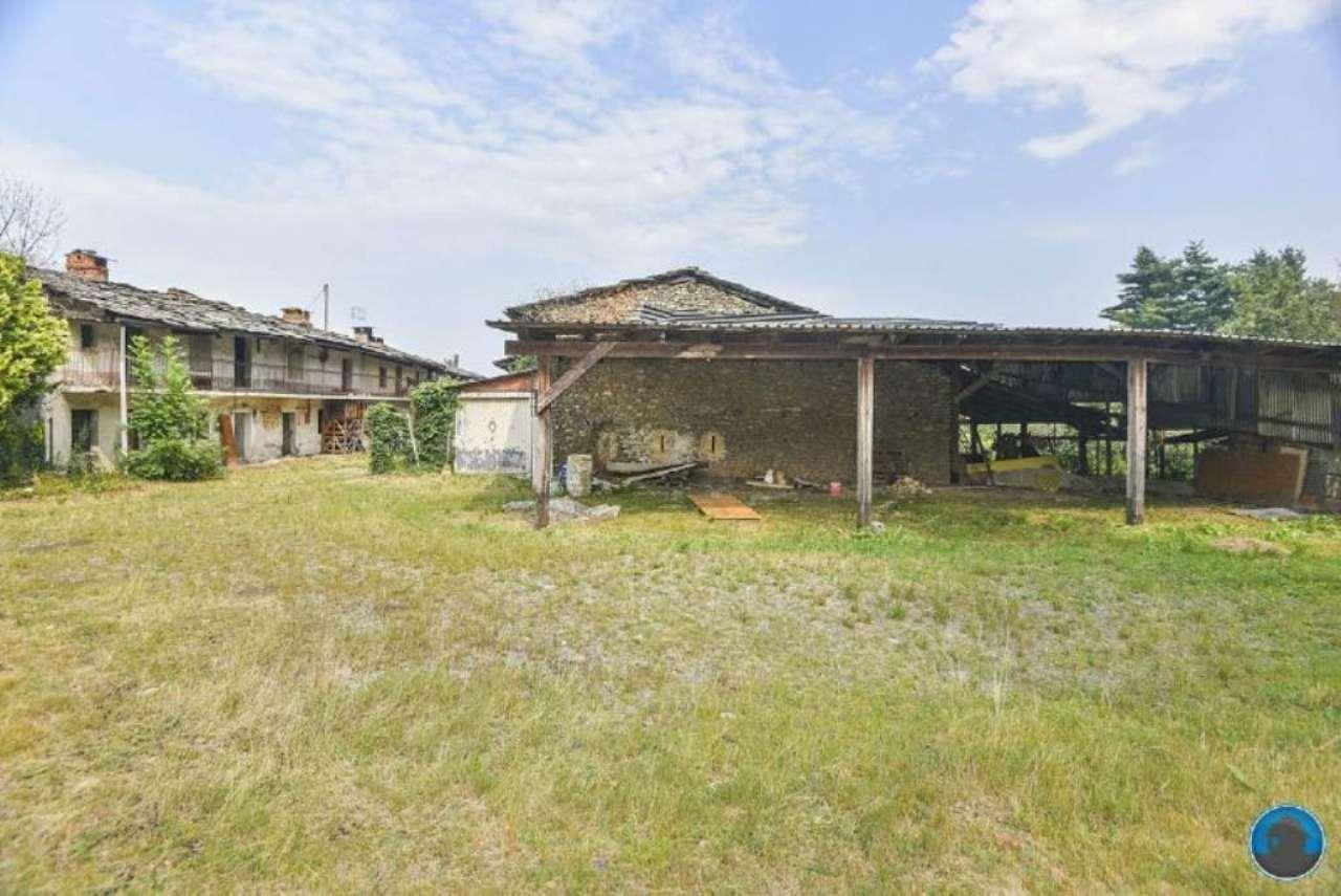 Soluzione Indipendente in vendita a Bagnolo Piemonte, 8 locali, prezzo € 123.000 | Cambio Casa.it