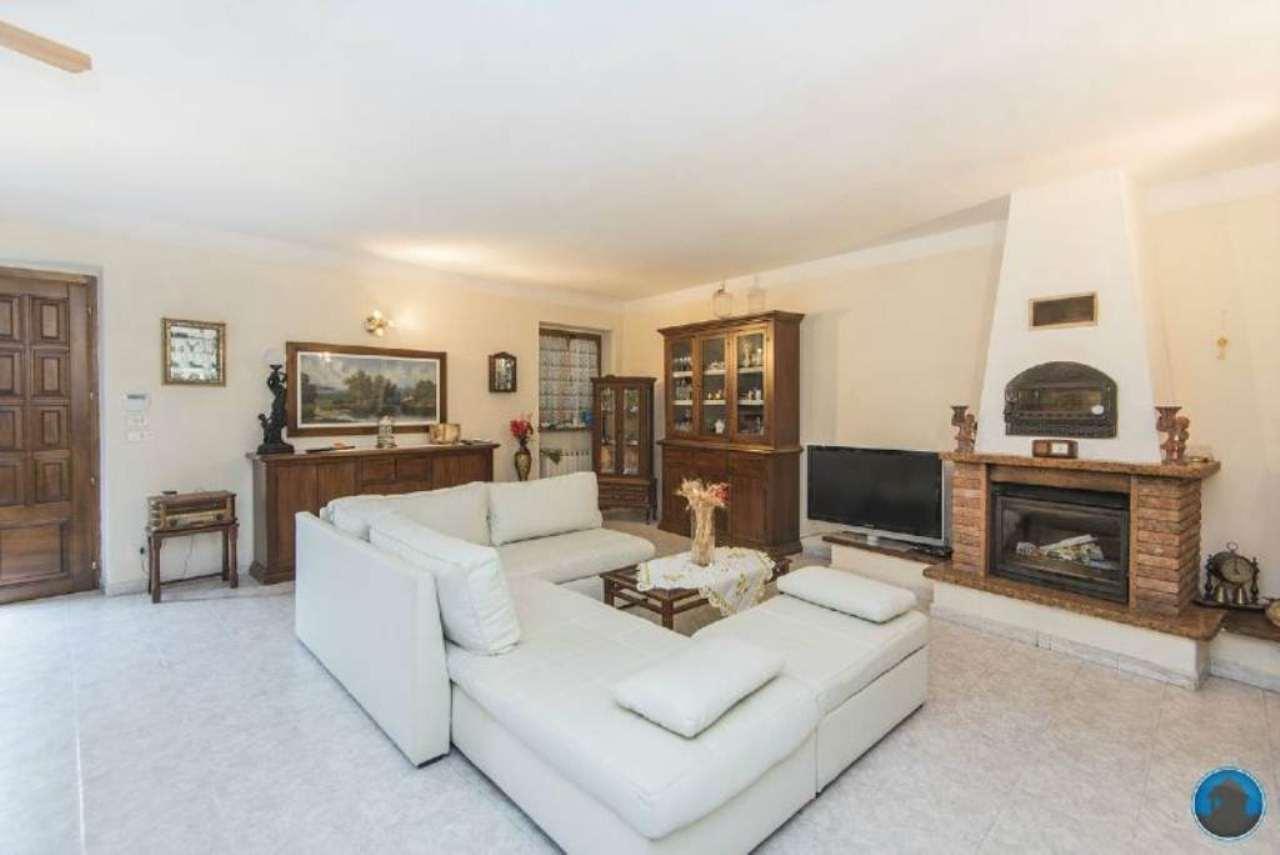Soluzione Indipendente in vendita a Barge, 5 locali, prezzo € 195.000 | Cambio Casa.it