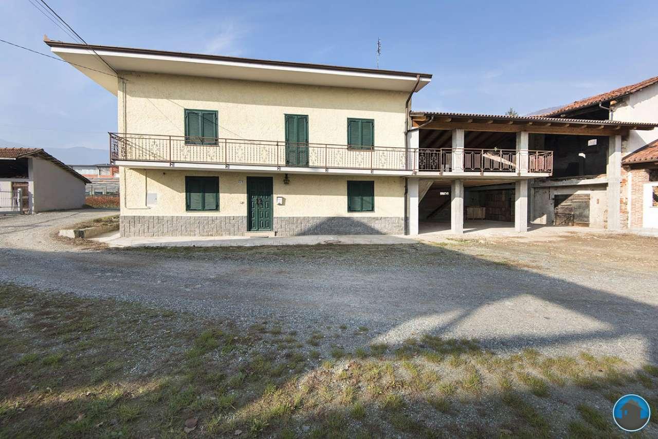 Soluzione Indipendente in affitto a Revello, 6 locali, prezzo € 450 | Cambio Casa.it