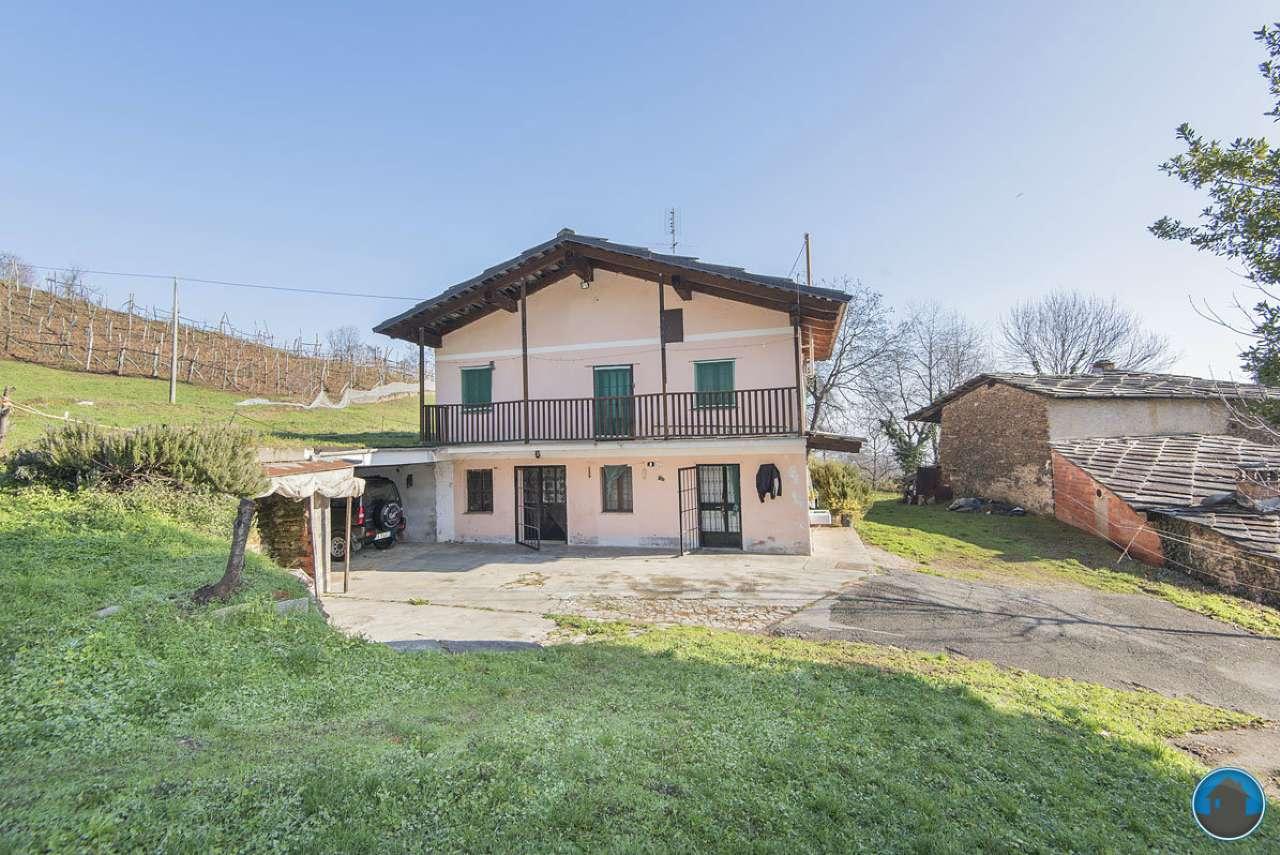 Soluzione Indipendente in vendita a Bagnolo Piemonte, 7 locali, prezzo € 105.000 | Cambio Casa.it