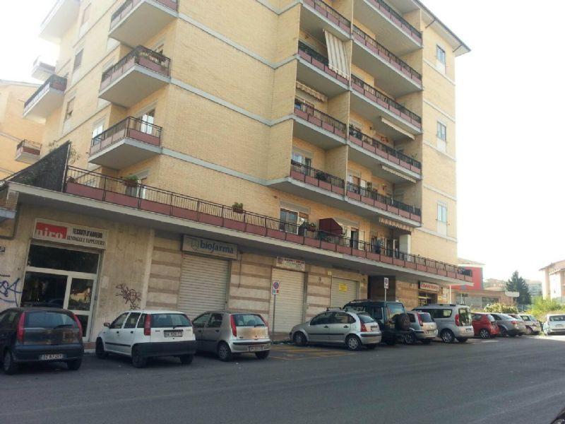 Appartamento in vendita a Campobasso, 5 locali, prezzo € 175.000 | CambioCasa.it