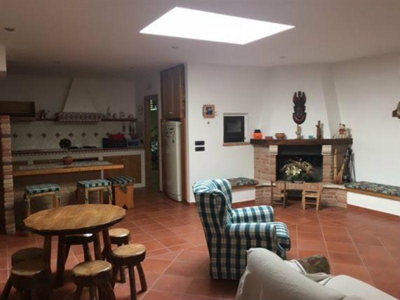 Appartamento in vendita a Campobasso, 2 locali, prezzo € 120.000 | CambioCasa.it
