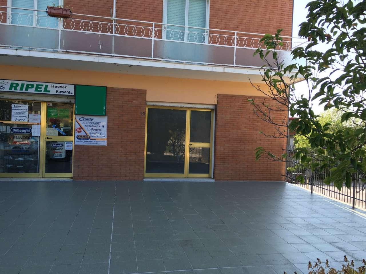 Laboratorio in affitto a Campobasso, 9999 locali, prezzo € 450 | CambioCasa.it