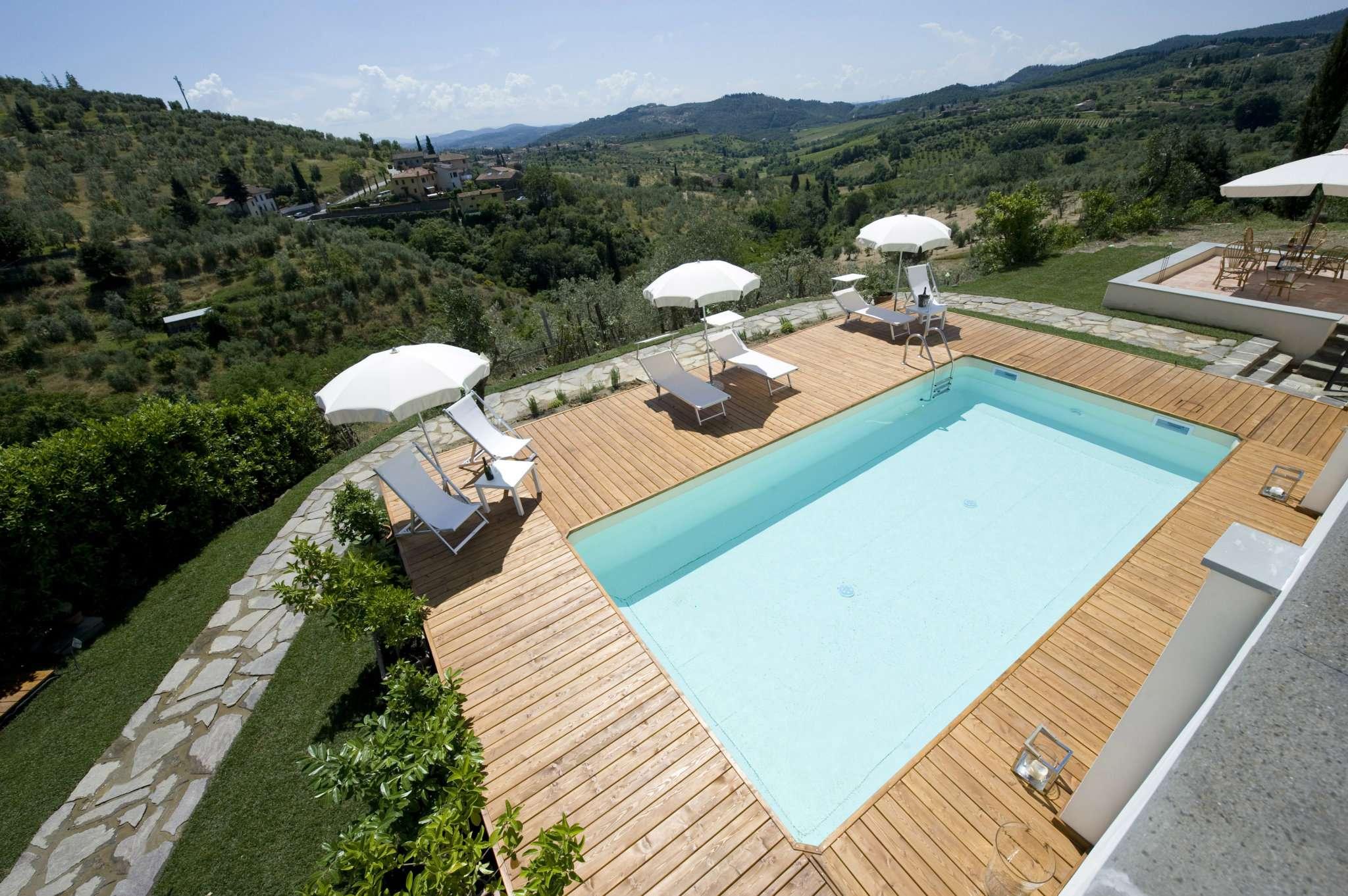 Villa in vendita a Poggio a Caiano, 11 locali, prezzo € 1.500.000 | CambioCasa.it