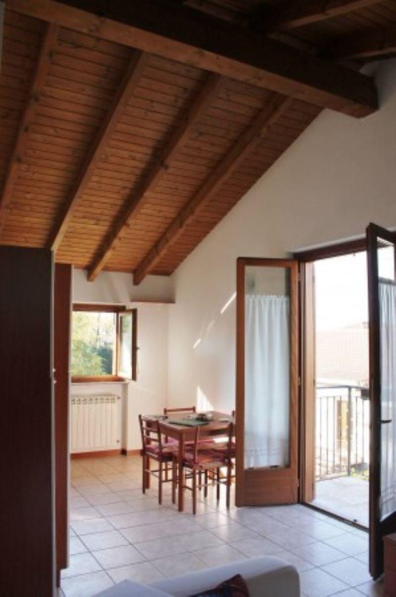 Appartamento in vendita a Cavaria con Premezzo, 2 locali, prezzo € 110.000 | Cambio Casa.it