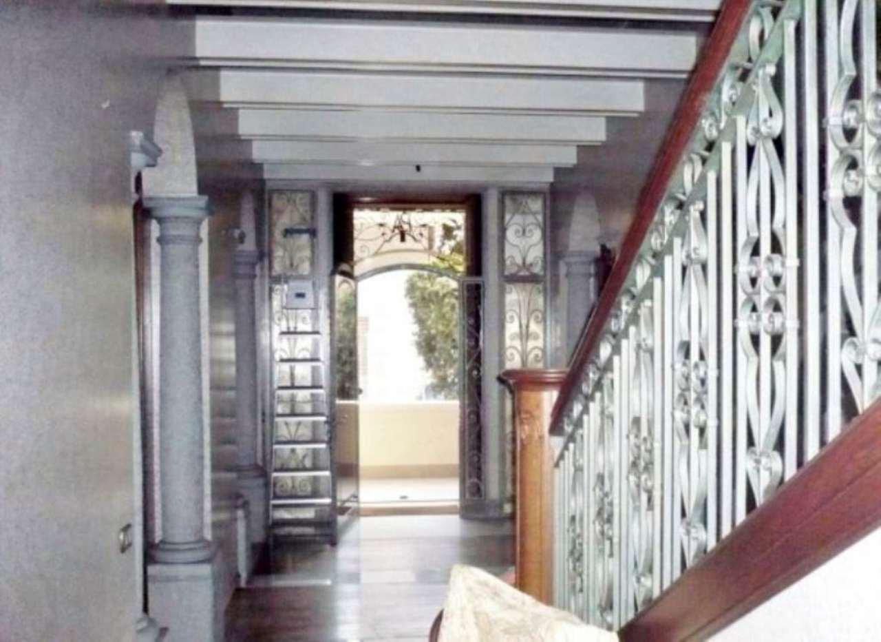 Villa in vendita a Busto Arsizio, 6 locali, prezzo € 1.000.000 | Cambio Casa.it