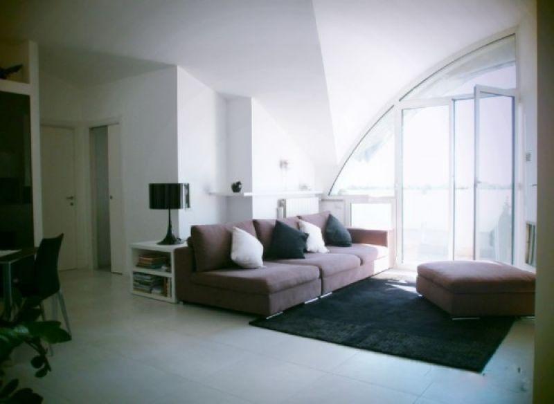 Attico / Mansarda in vendita a Cardano al Campo, 3 locali, prezzo € 275.000 | Cambio Casa.it