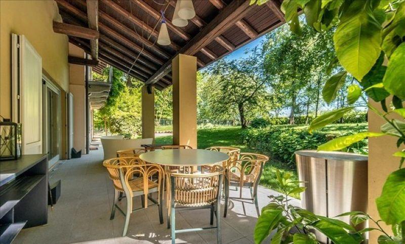Villa in vendita a Agrate Conturbia, 5 locali, prezzo € 900.000 | Cambio Casa.it