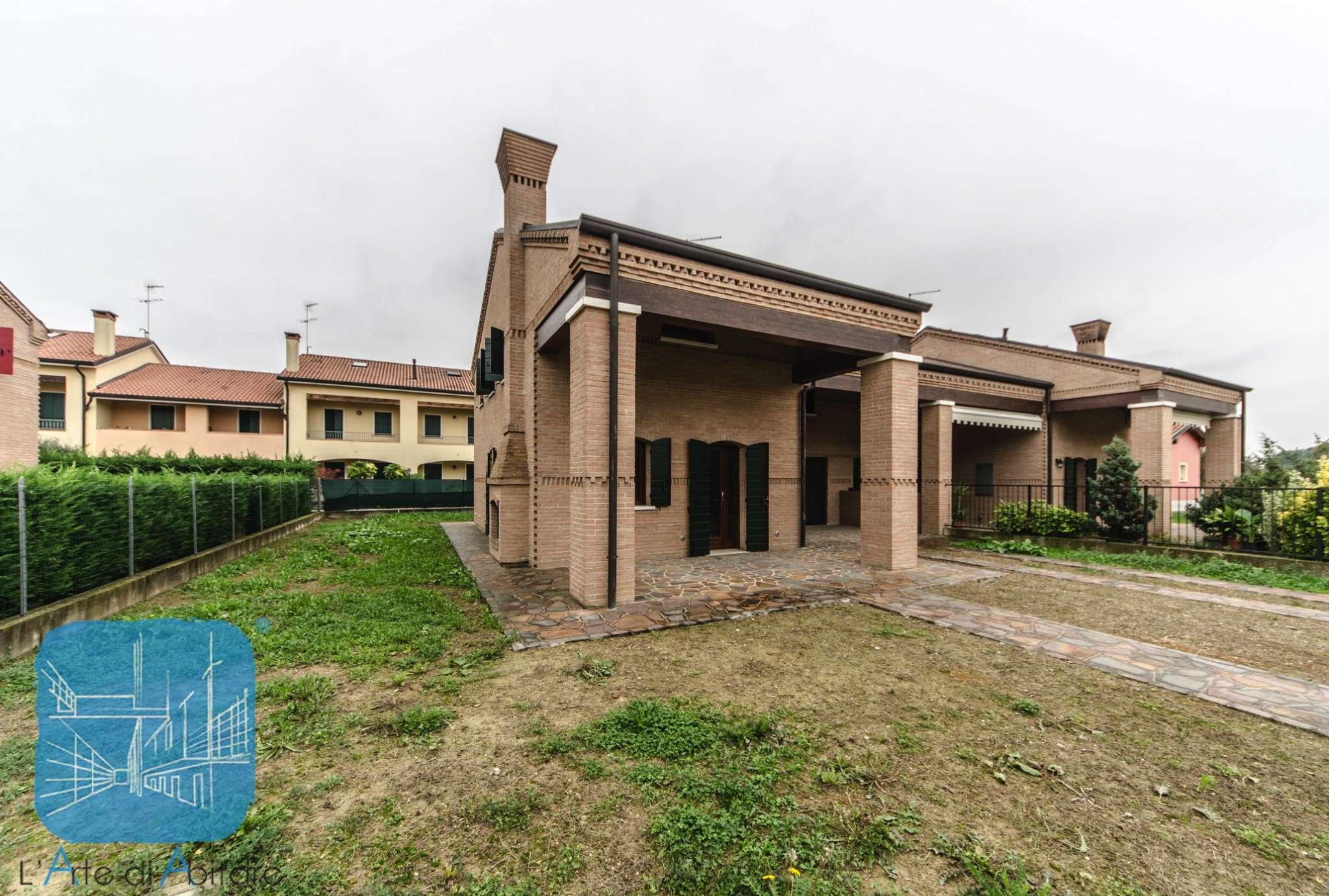 Villa Bifamiliare in Vendita a Villanova di Camposampiero