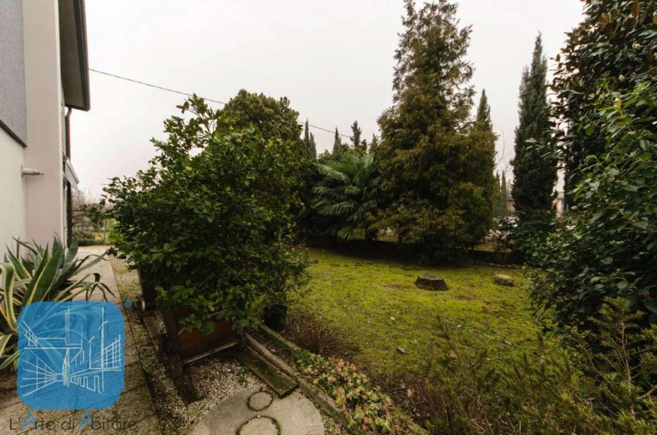 Soluzione Indipendente in vendita a Pianiga, 6 locali, prezzo € 212.000 | Cambio Casa.it