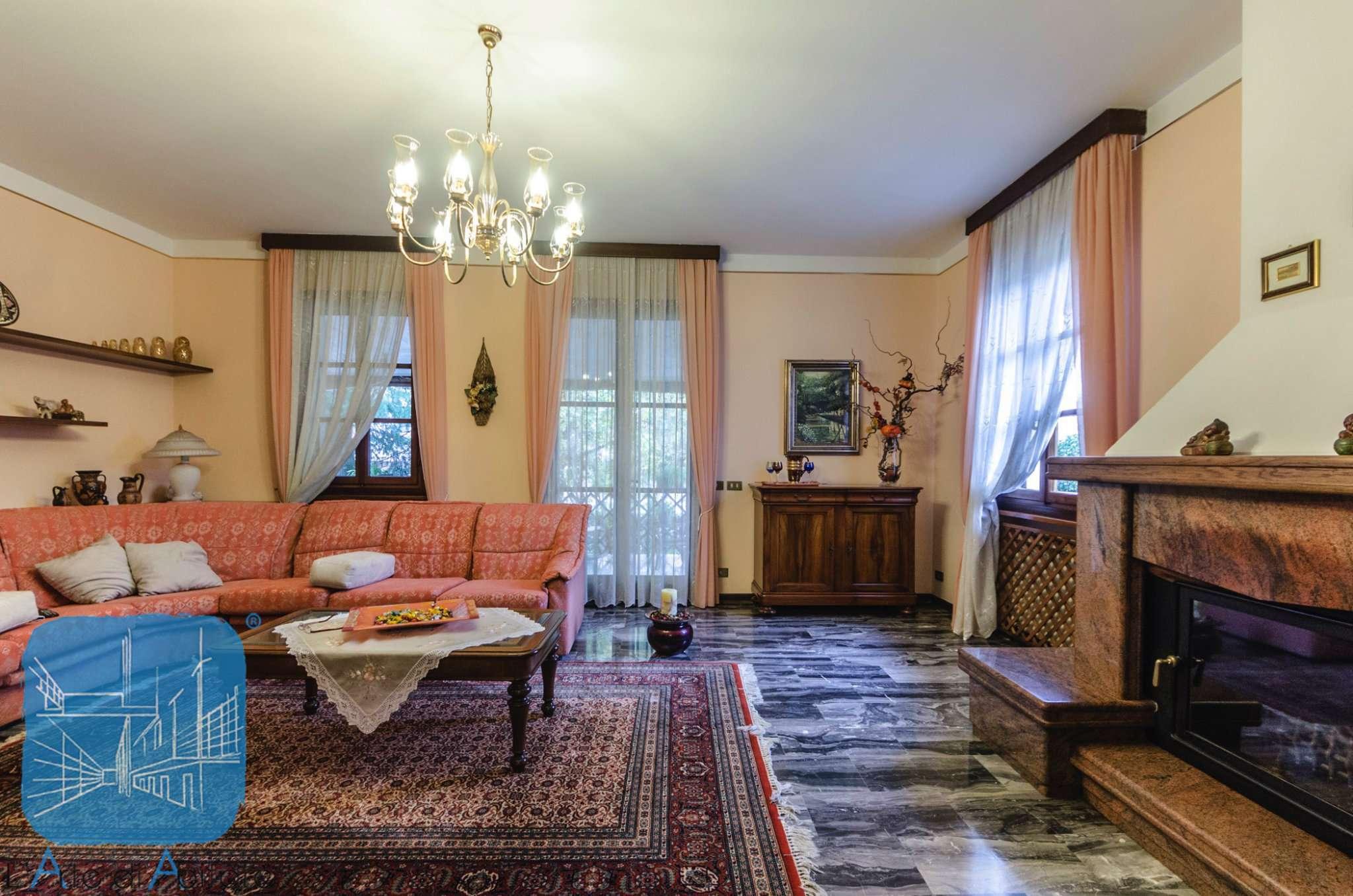 Villa in vendita a Santa Maria di Sala, 6 locali, prezzo € 239.000 | Cambio Casa.it