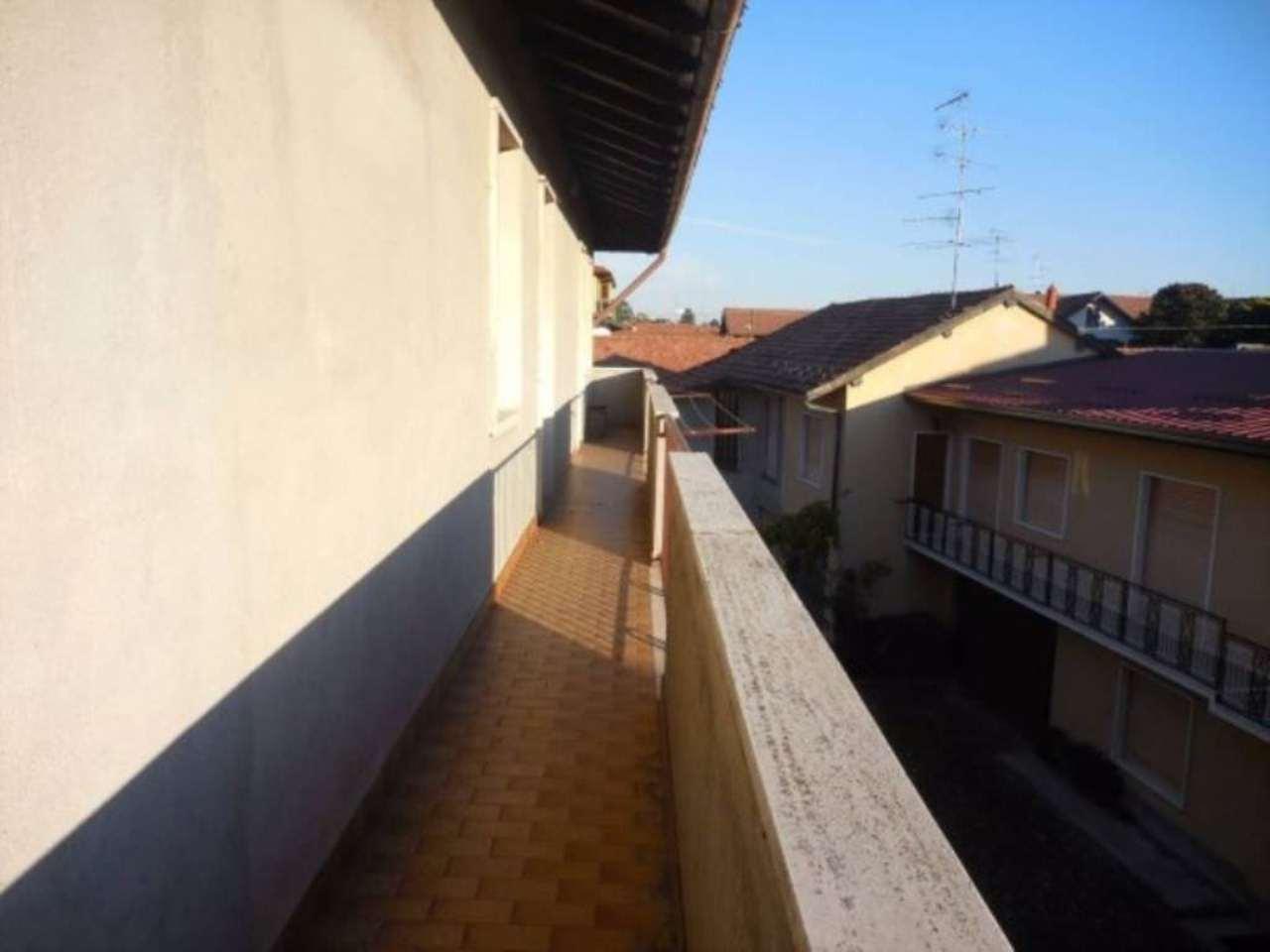 Soluzione Indipendente in vendita a Casorate Sempione, 6 locali, prezzo € 199.000   Cambio Casa.it