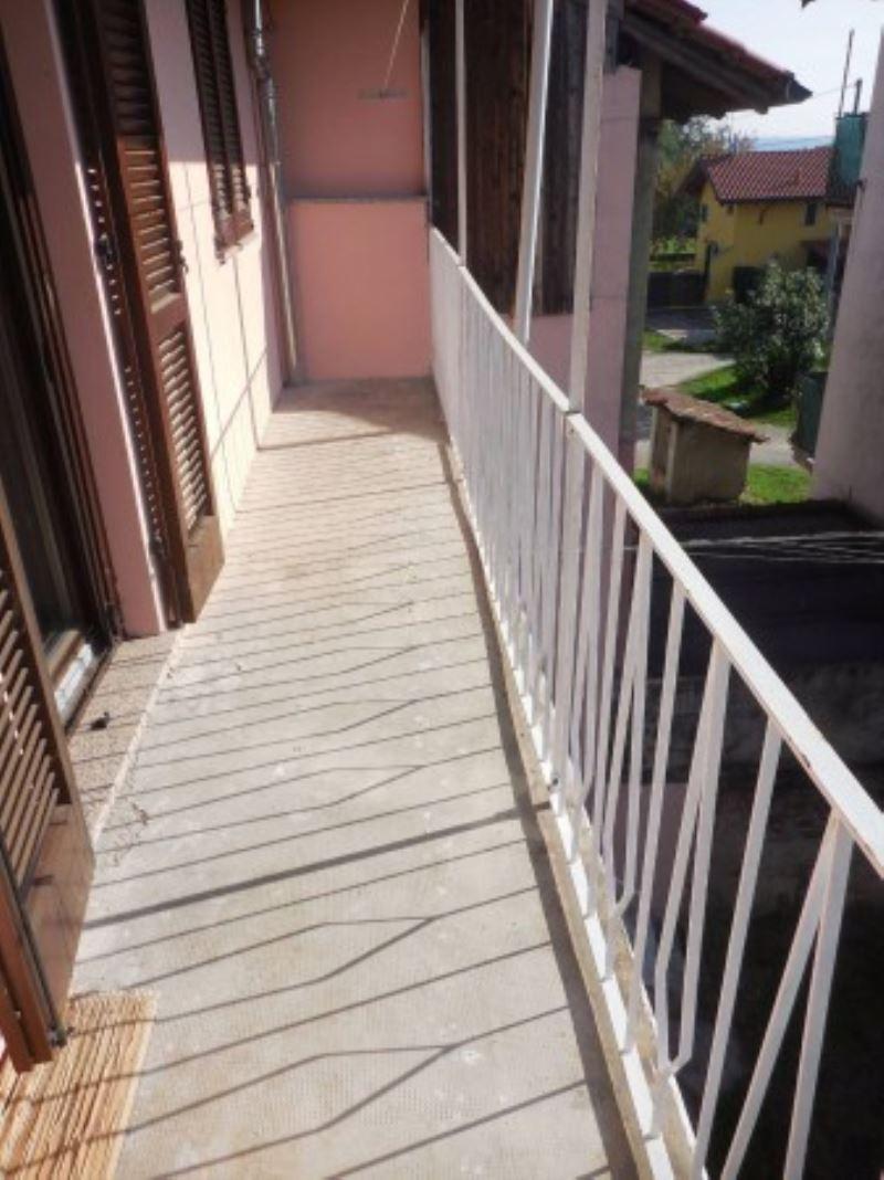 Appartamento in vendita a Varallo Pombia, 3 locali, prezzo € 59.000 | Cambio Casa.it