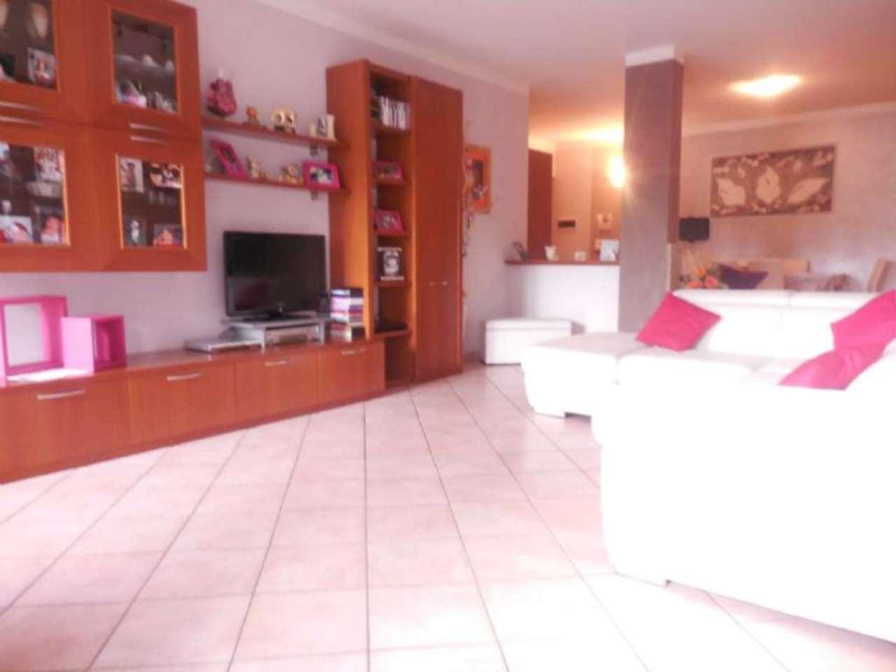 Appartamento in vendita a Arsago Seprio, 3 locali, prezzo € 159.000 | Cambio Casa.it