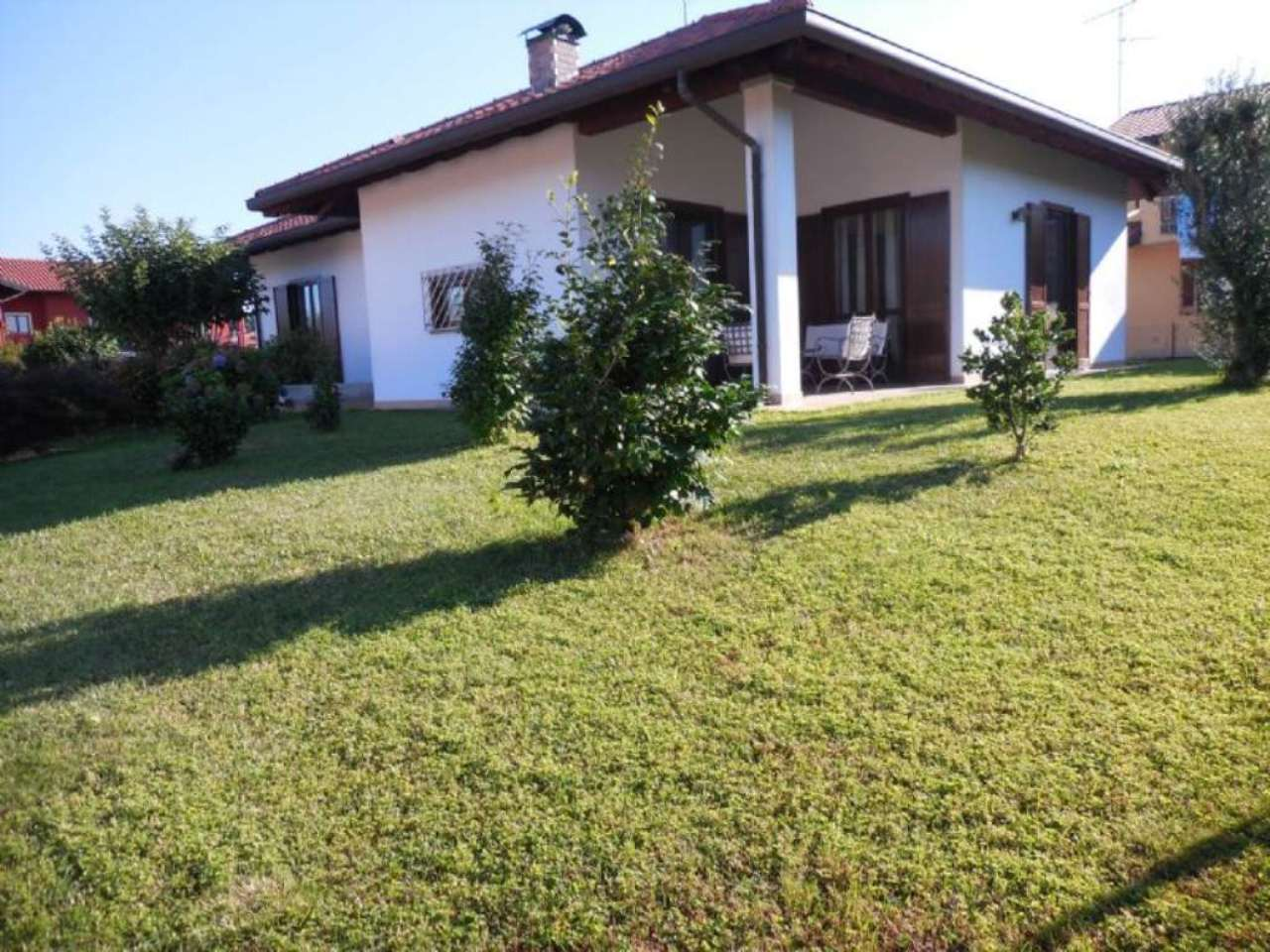 Villa in vendita a Varallo Pombia, 4 locali, prezzo € 239.000 | Cambio Casa.it