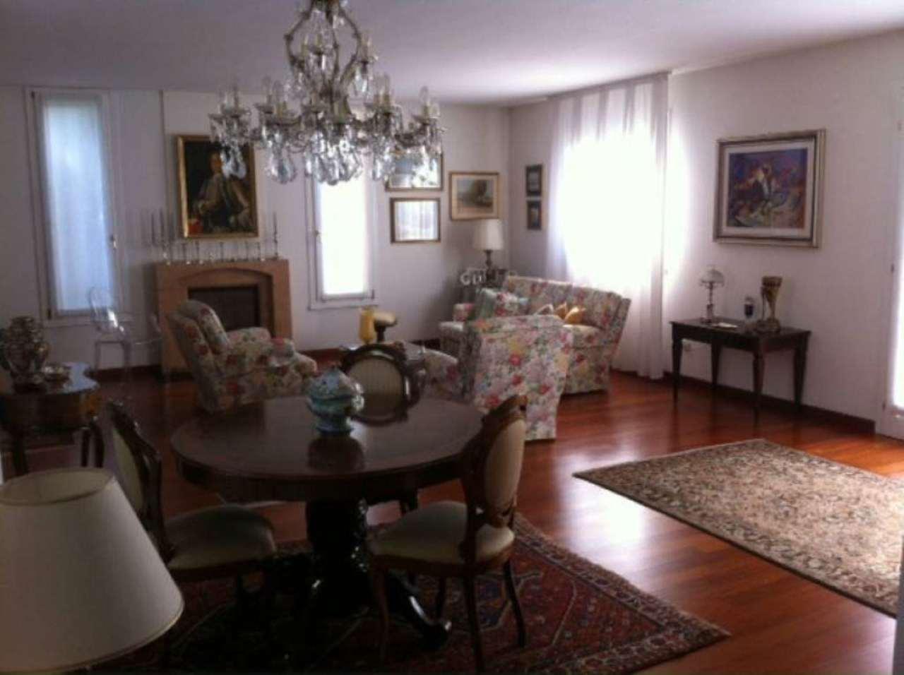 Villa in vendita a Casier, 6 locali, prezzo € 550.000 | Cambio Casa.it