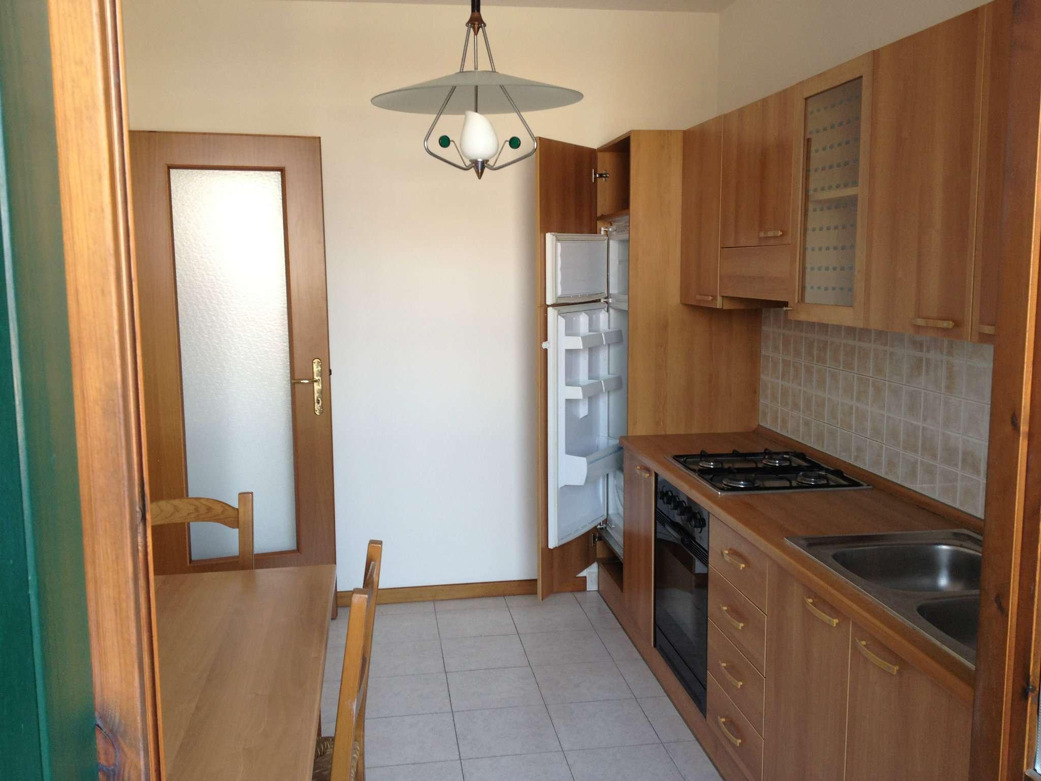 Appartamento in affitto a Carbonera, 5 locali, prezzo € 550 | CambioCasa.it