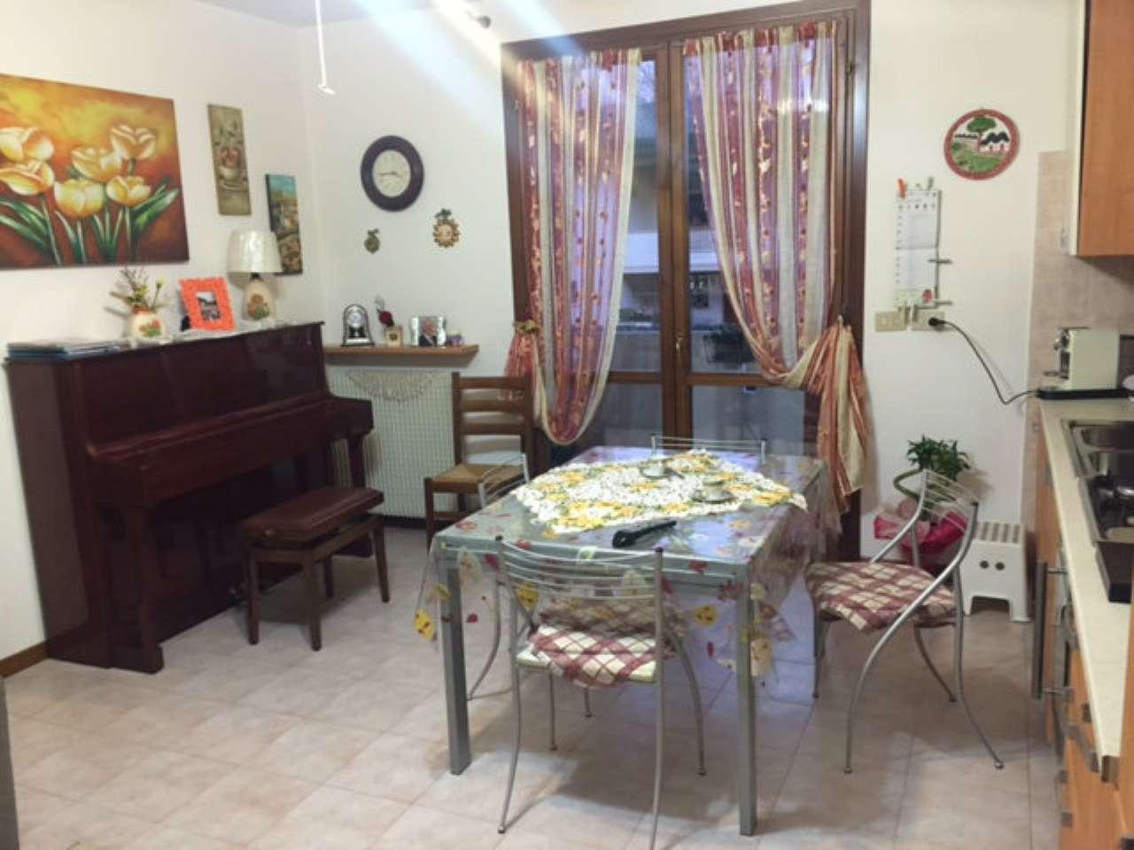 Appartamento in vendita a Carbonera, 4 locali, prezzo € 98.000 | CambioCasa.it