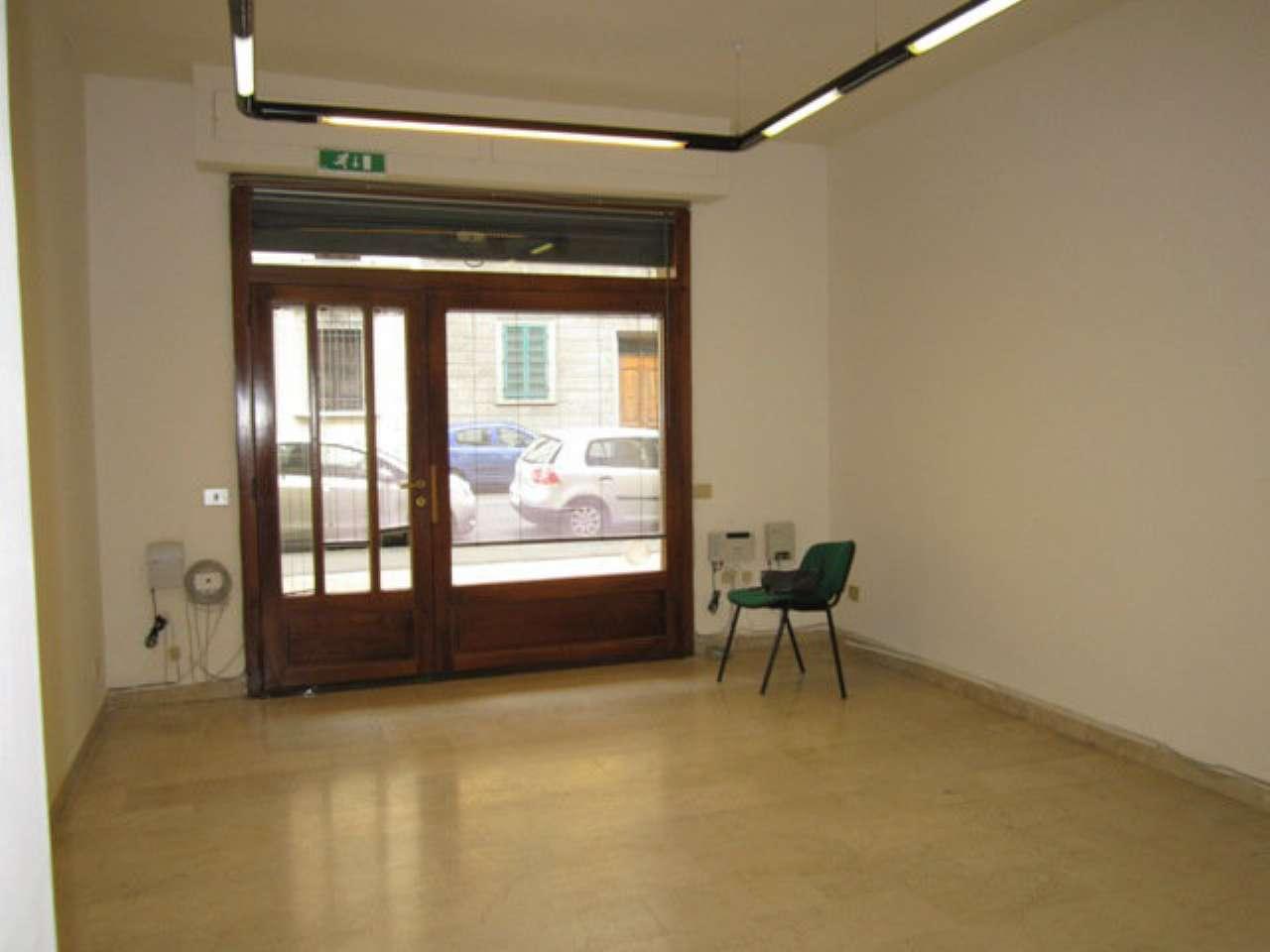 Negozio / Locale in vendita a Firenze, 2 locali, zona Zona: 11 . Viali, prezzo € 110.000 | CambioCasa.it