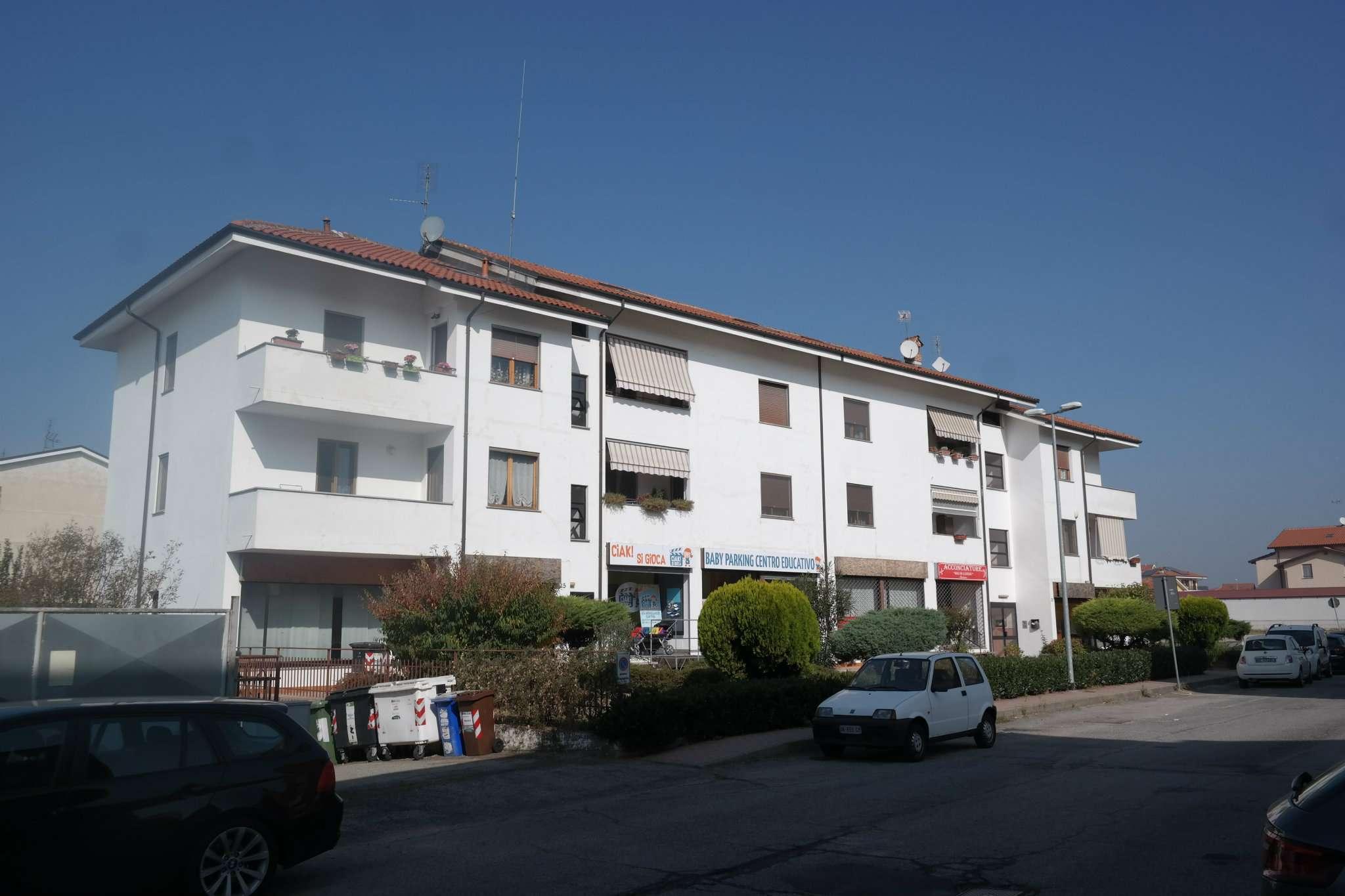 Appartamento in vendita a Santena, 3 locali, prezzo € 90.000 | CambioCasa.it