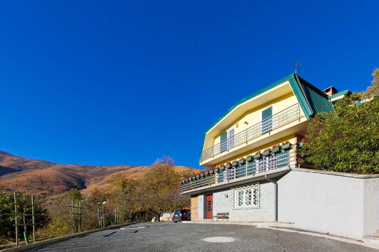 Foto 1 di Villa via Monte Lera 18, Givoletto