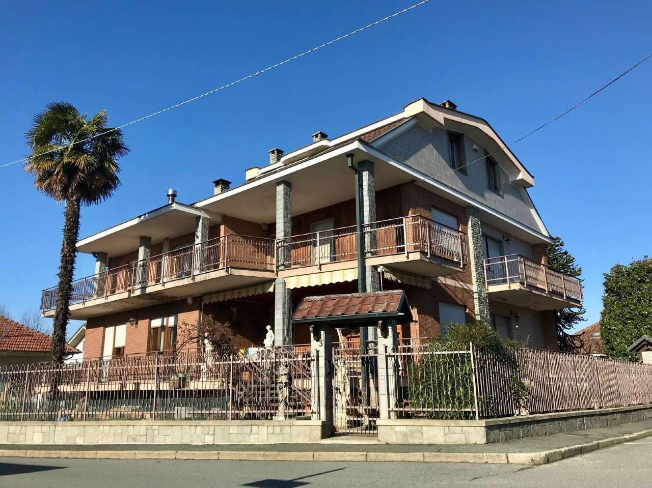 Appartamento in vendita a Pianezza, 4 locali, prezzo € 235.000   CambioCasa.it
