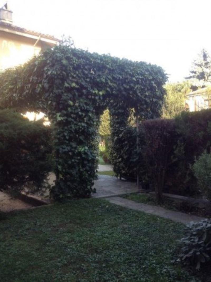 Villa in vendita a Rivoli, 6 locali, Trattative riservate | Cambio Casa.it