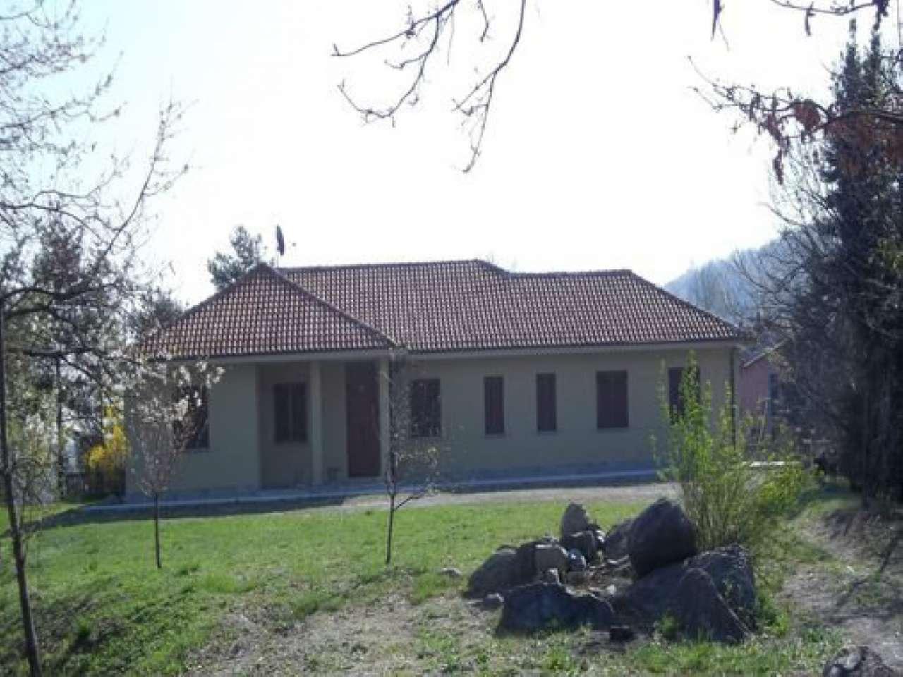 Foto 1 di Villa viale ochera 54 bis, Berzano Di San Pietro
