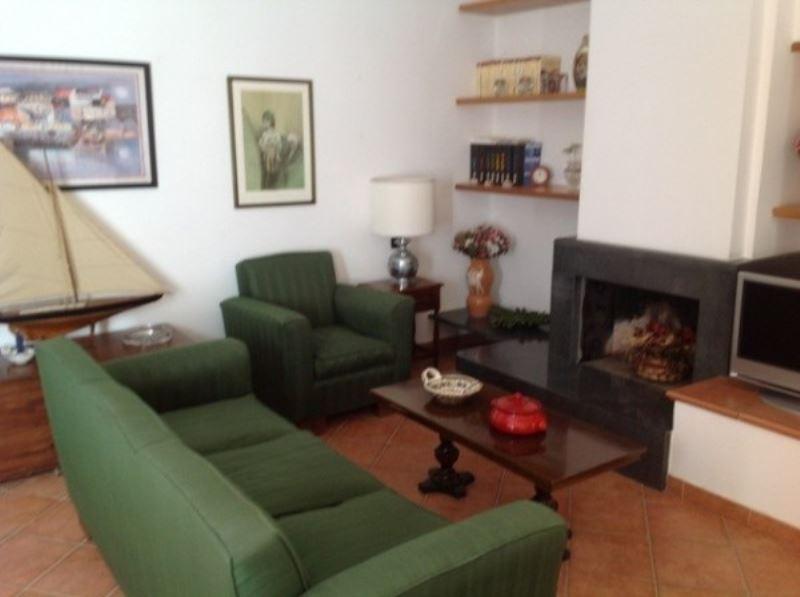 Appartamento in Affitto a Pozzuoli