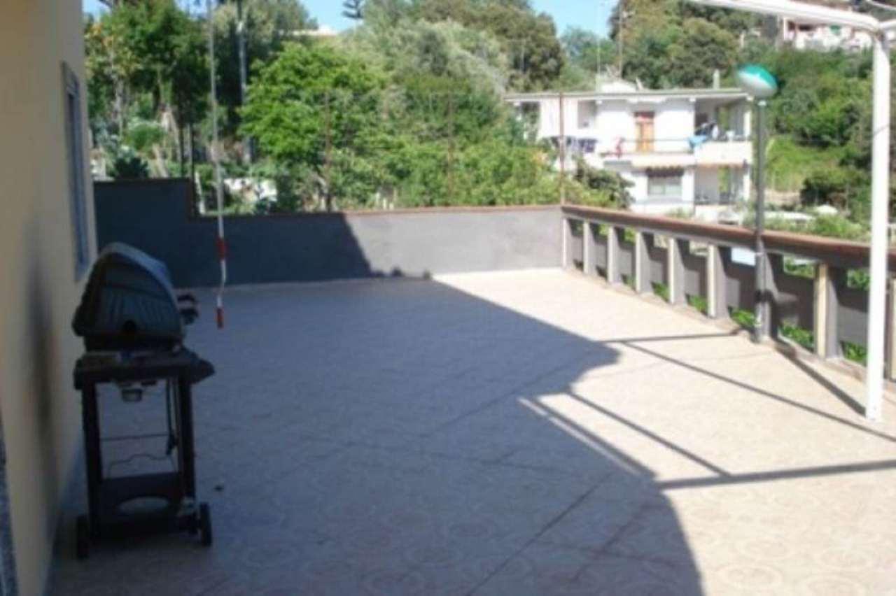 Appartamento in affitto a Bacoli, 4 locali, prezzo € 1.000 | Cambio Casa.it