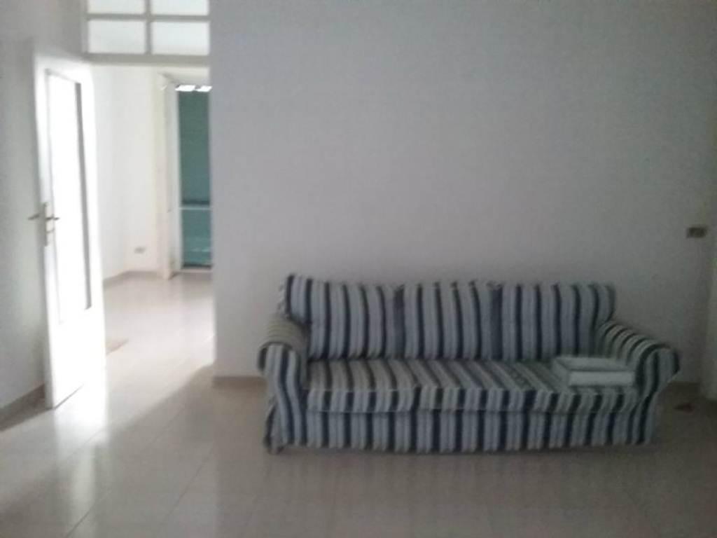 Appartamento in affitto a Bacoli, 4 locali, prezzo € 600 | Cambio Casa.it