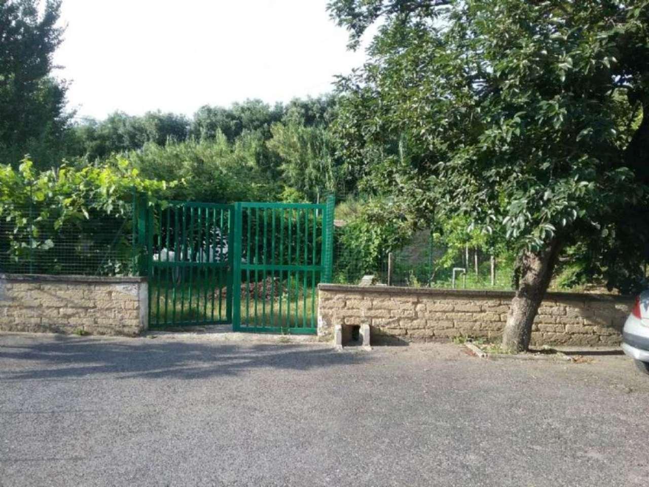 Villa in affitto a Pozzuoli, 8 locali, prezzo € 1.500 | Cambio Casa.it
