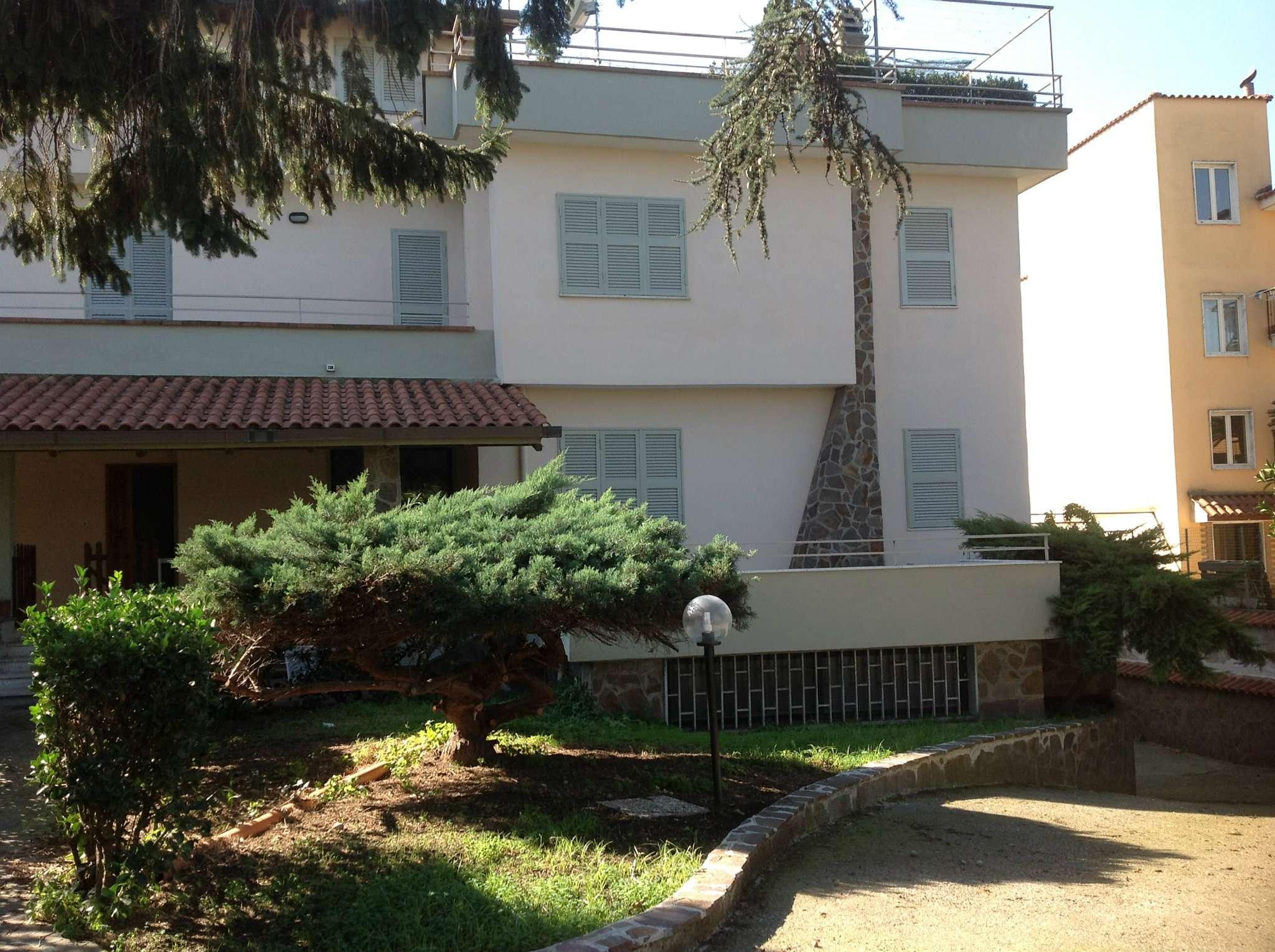 Appartamento in affitto a Giugliano in Campania, 5 locali, prezzo € 700 | Cambio Casa.it