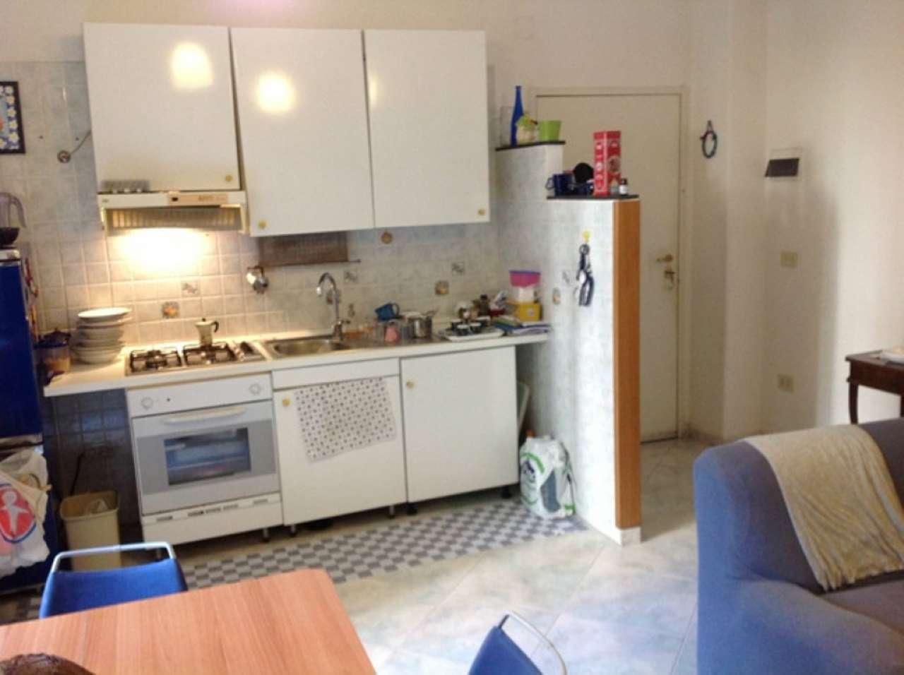Appartamento in affitto a Napoli, 2 locali, zona Zona: 10 . Bagnoli, Fuorigrotta, Agnano, prezzo € 550 | Cambio Casa.it