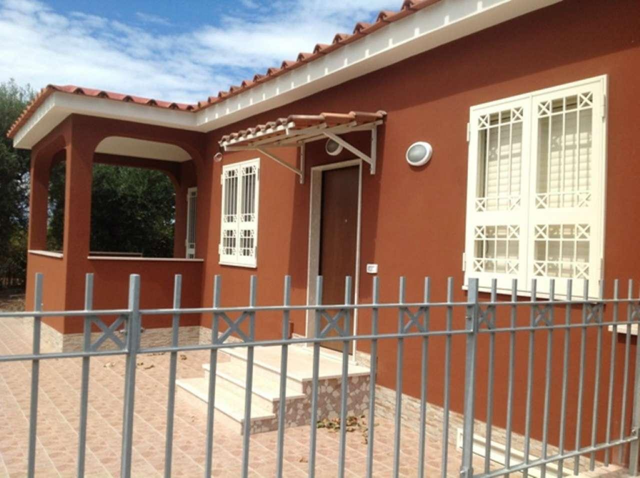 Villa in affitto a Bacoli, 4 locali, prezzo € 1.300 | Cambio Casa.it