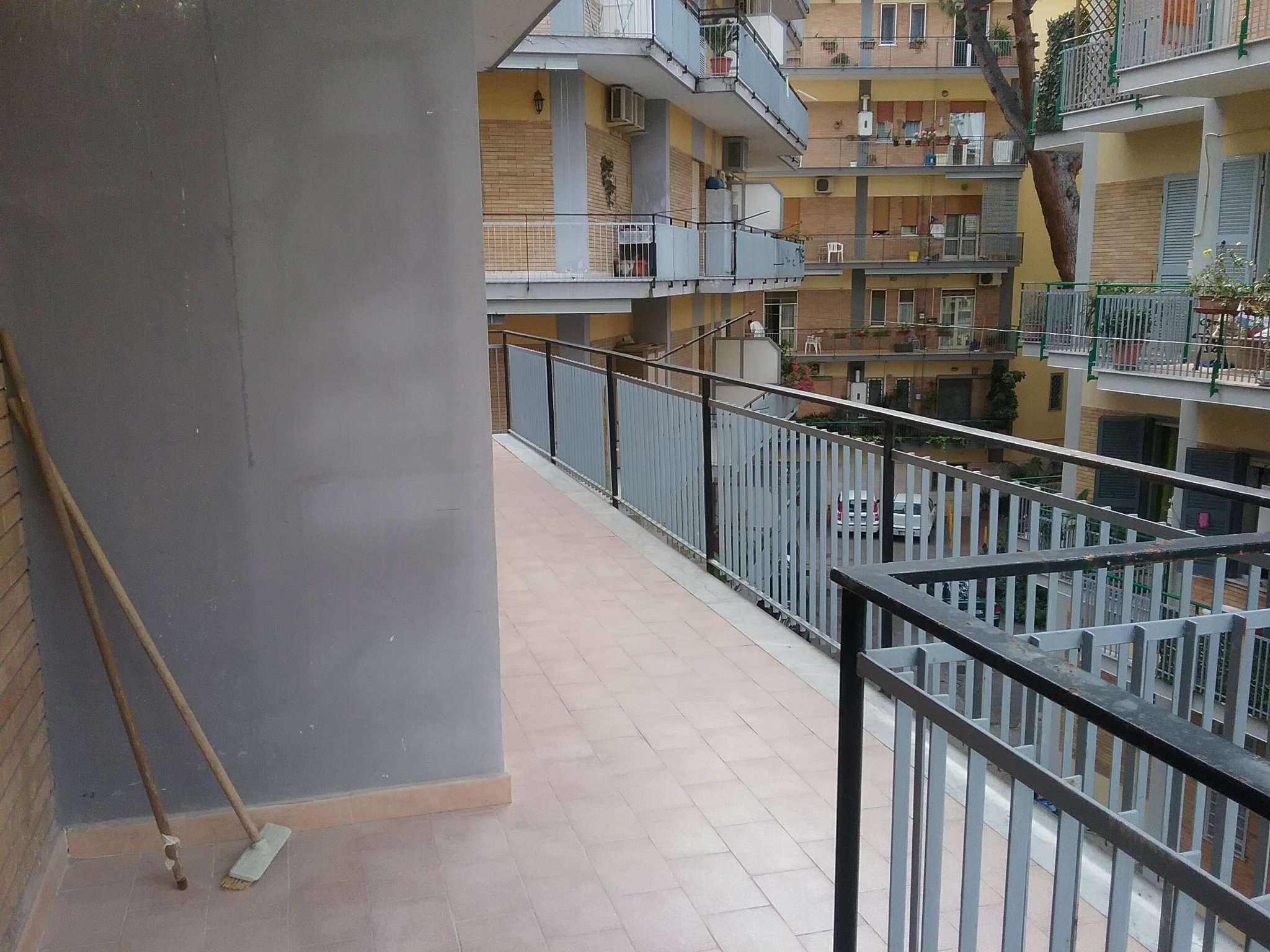 Appartamento in affitto a Pozzuoli, 4 locali, prezzo € 900 | Cambio Casa.it