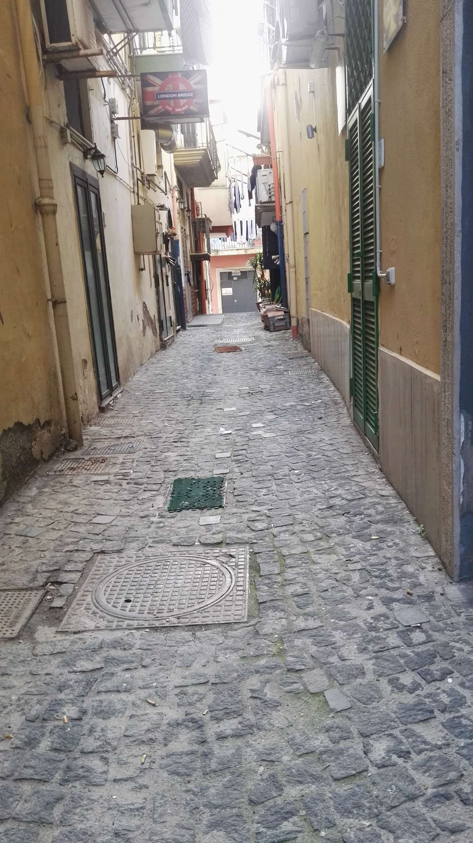 Loft / Openspace in Vendita a Pozzuoli
