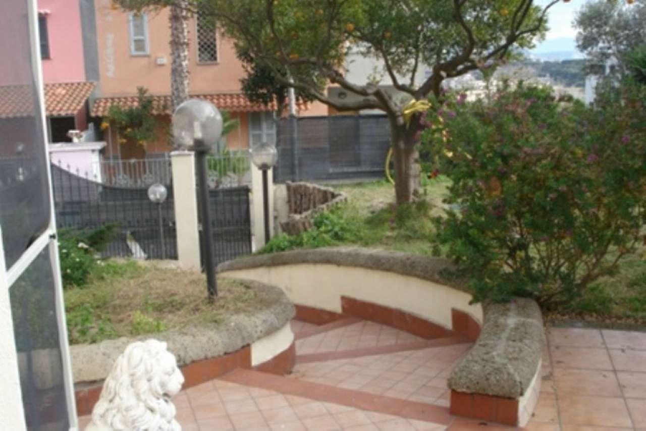 Villa in affitto a Pozzuoli, 3 locali, prezzo € 800 | Cambio Casa.it