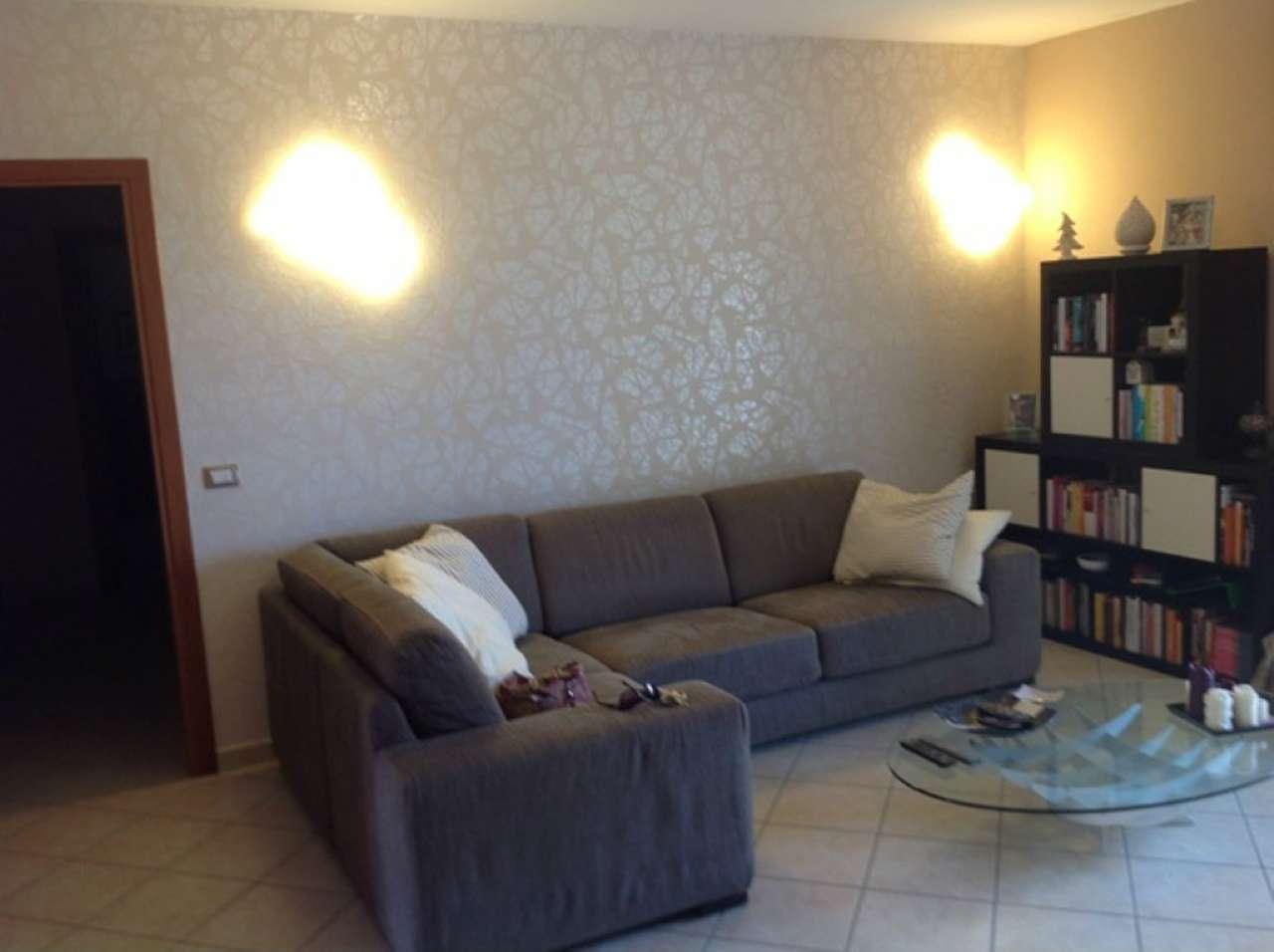 Appartamento in affitto a Giugliano in Campania, 4 locali, prezzo € 700 | Cambio Casa.it