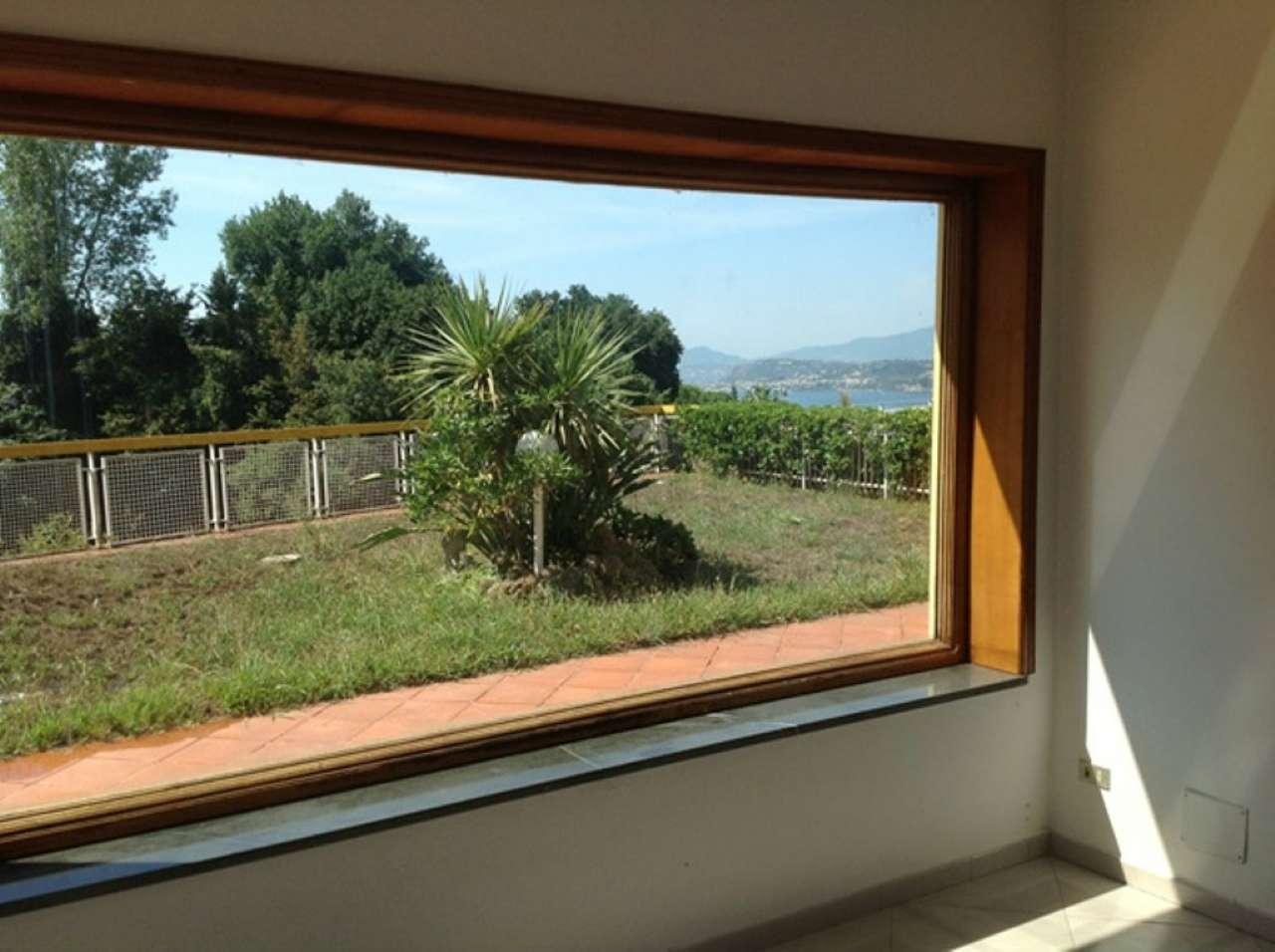 Villa in affitto a Pozzuoli, 6 locali, prezzo € 3.000 | Cambio Casa.it